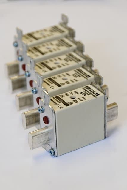 electric fuse with different rating